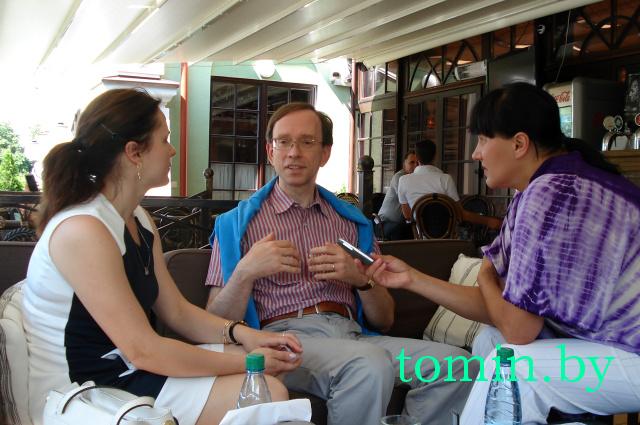 Профессор Марк Ван Хюлле, читающий мысли, часто бывает в Бресте (фото)