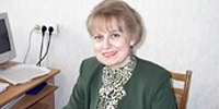 Ректор БрГУ им. Пушкина Анна Сендер - фото