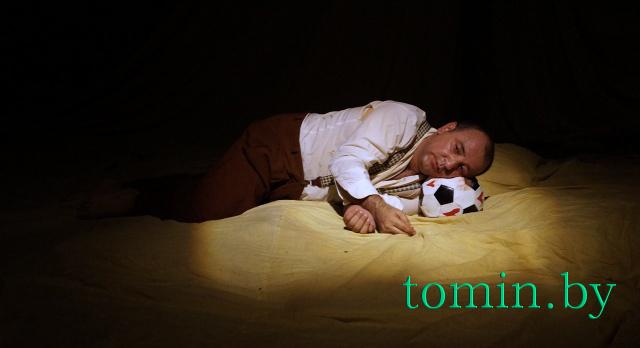 «Белая Вежа-2014». Шовги Гусейнов в моноспектакле «Без слов». Фото Тамары ТИБОРОВСКОЙ