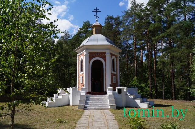 Каплица-памятник погибшим в битве под Городечно в 1812 году. Пружанский район. Фото Тамары ТИБОРОВСКОЙ