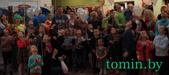 «Волшебной лампой Аладдина» Брестский театр кукол  открыл 53 театральный сезон. Фото Тамары ТИБОРОВСКОЙ.