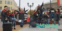 «Молодежь за безопасность»: В Бресте на Советской юные спасатели устроили флешмоб - фото