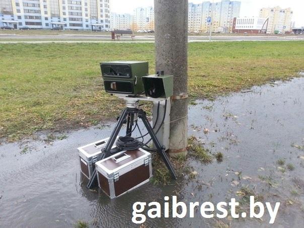 В Бресте 32-летний пьяный маршрутчик, повредил мобильный датчик контроля скорости - фото.