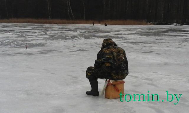 Рыбалка на озере Заозерье в Рогачевском районе - фото