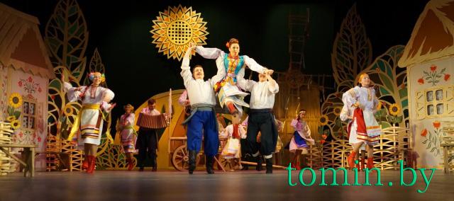 Музыкальная комедия «Жених на двоих» в Брестском академическом театре драмы . Фото Тамары ТИБОРОВСКОЙ