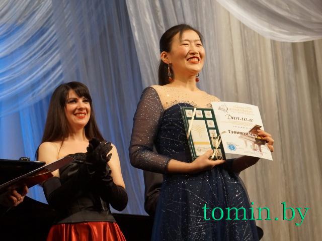 Соломия Приймак (слева) и  Гэлимен Чжу. Фото Тамары ТИБОРОВСКОЙ