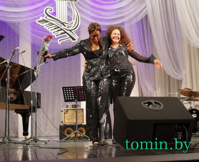 Лориан Браун (слева). Фото Тамары ТИБОРОВСКОЙ