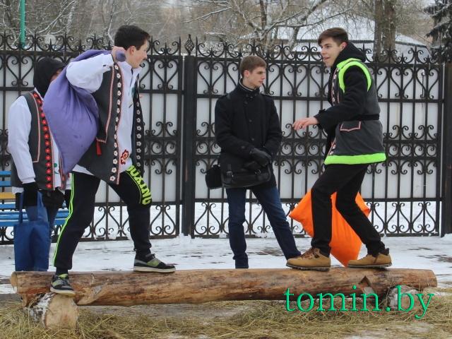 «Здравствуй, Масленица!»: как в Бресте провожали зиму - фото