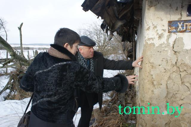 Деревня Щербово, Каменецкий район. Дровяная хата - фото
